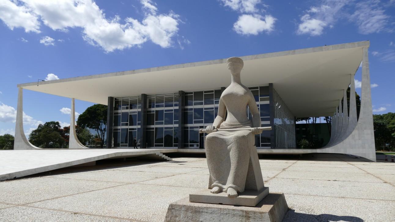 Tribunal Supremo de Brasil: Vacuna contra el COVID-19 debe ser aplicada  obligatoriamente - Enterate24.com