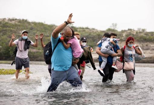EEUU advierte que migrantes venezolanos son víctimas de las mafias al cruzar la frontera - Enterate24.com